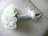 buchet_trandafiri-albi